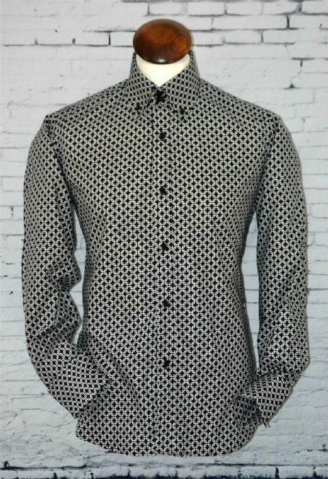 """Lee"" Black & White  Geo Pattern Button Down Shirt"